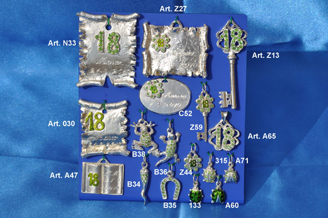 Product: Parchments,plaques and pendants for 18 years with Swarovski crystals