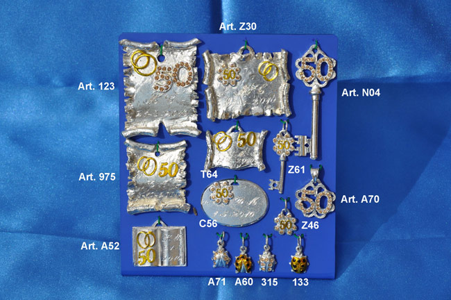 Prodotto: Pergamene, chiavi e ciondoli con cristalli Swarowski #2